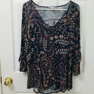 Maurice's knit top L